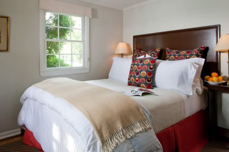 Small guestroom from a Kennebunkport Inn.jpg