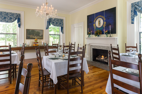 Ashford-Acres---Common-Rooms---Dining-Room---June-2017.jpg
