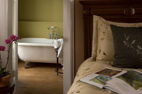 Croff House Inn soaking tub vignette.jpg