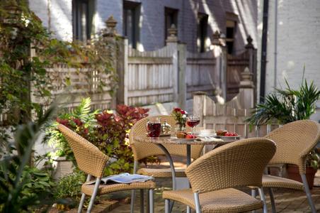 Maryland B&B back pario table - Extreior photograph.jpg