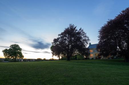 Yale-Manor-Inn---Exterior---Inn---May-2017-(6)-copy.jpg