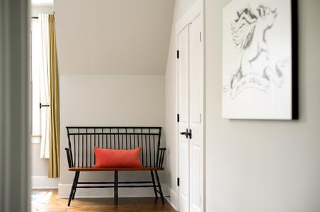 Sitting area of a Virginia inn guest room.jpg