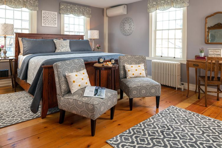 Guestroom---Annie-F.-Kimball.jpg