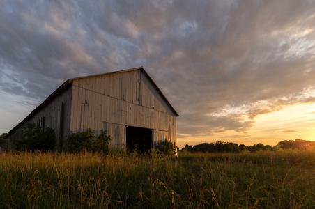 Ashford-Acres---Exteriors---Barn---June-2017-(1).jpg
