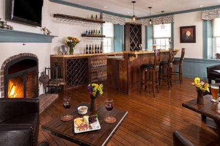 Smithton-Inn---Bar---April-2017-(4)-copy.jpg