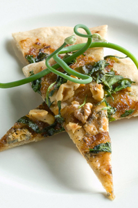 Dessert-and-spinach-walnut-appetizer.jpg