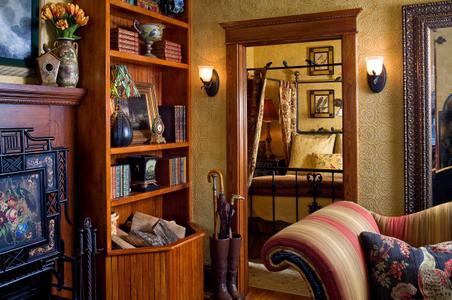 Select registry property guestroom vignette.jpg