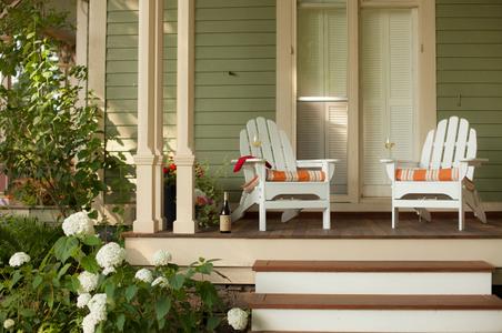Outside porch - Landmark Inn .jpg