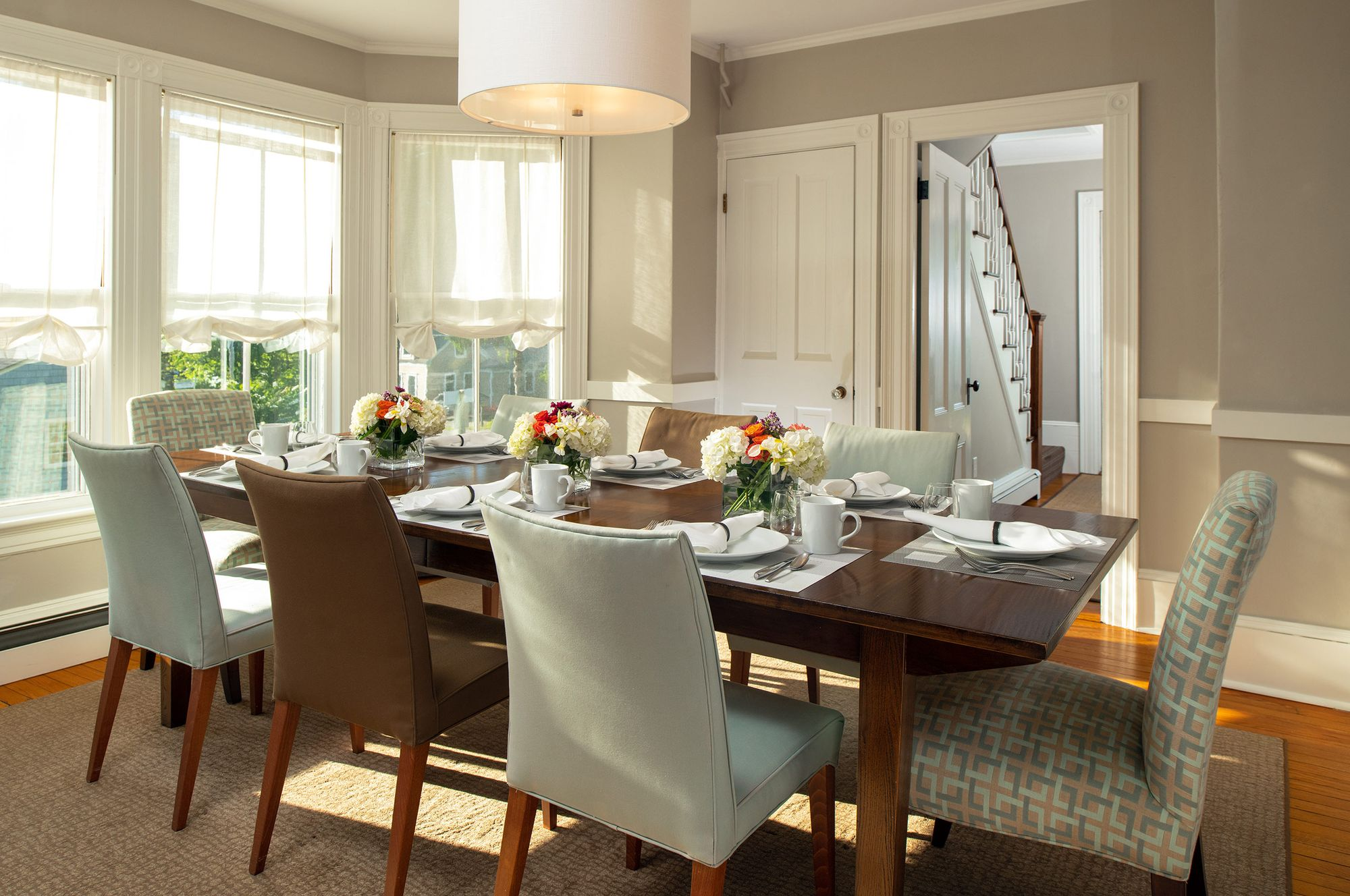 Common-Area---Dining-Room-(1).jpg