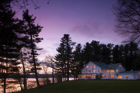Exterior-Architectural-Photography-Twilight-Inn-Hotel-B&B-Philadelphia (9).jpg