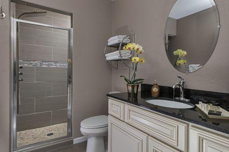Huron House Bed and breakfast bathroom interior photograph.jpg