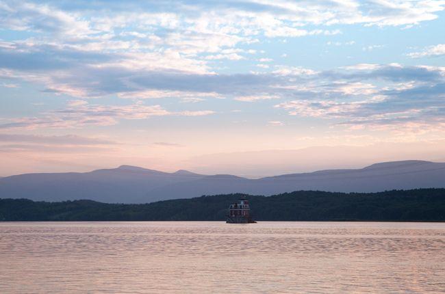 Hudson-Lighthouse1.jpg