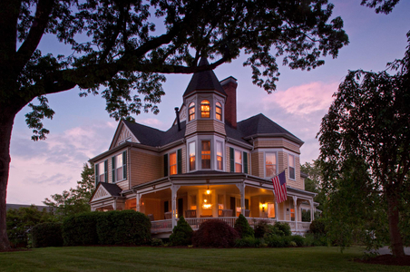Oaks Victorian Bed & Breakfast dusk shot.jpg