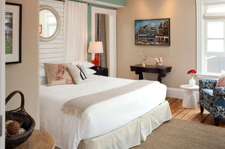 Woods Hole Inn bedroom - Interiors.jpg