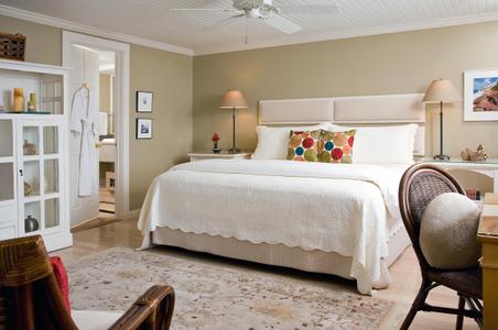 Inn on the Sound bedroom.jpg