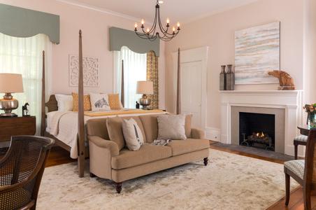 Ashford-Acres---Guest-Rooms---Oak-Suite---June-2017-(2)-copy.jpg