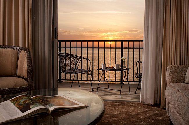 river-suites-room-303_2.jpg