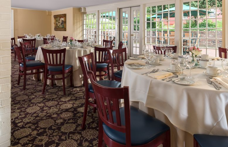 Deerfield Inn - Conference:Banquet Room - July 2017 (1).jpg