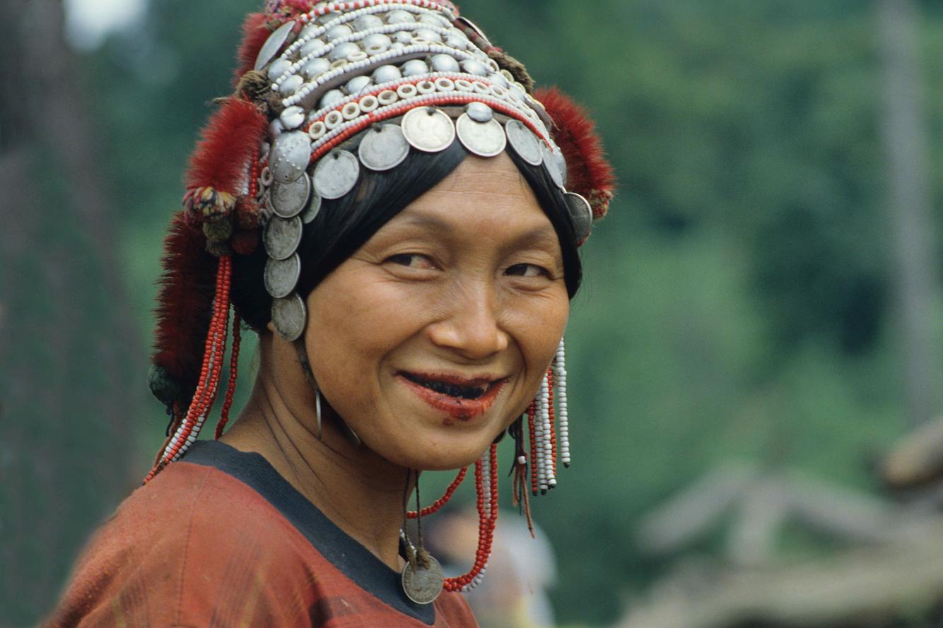 HmongWoman.jpg