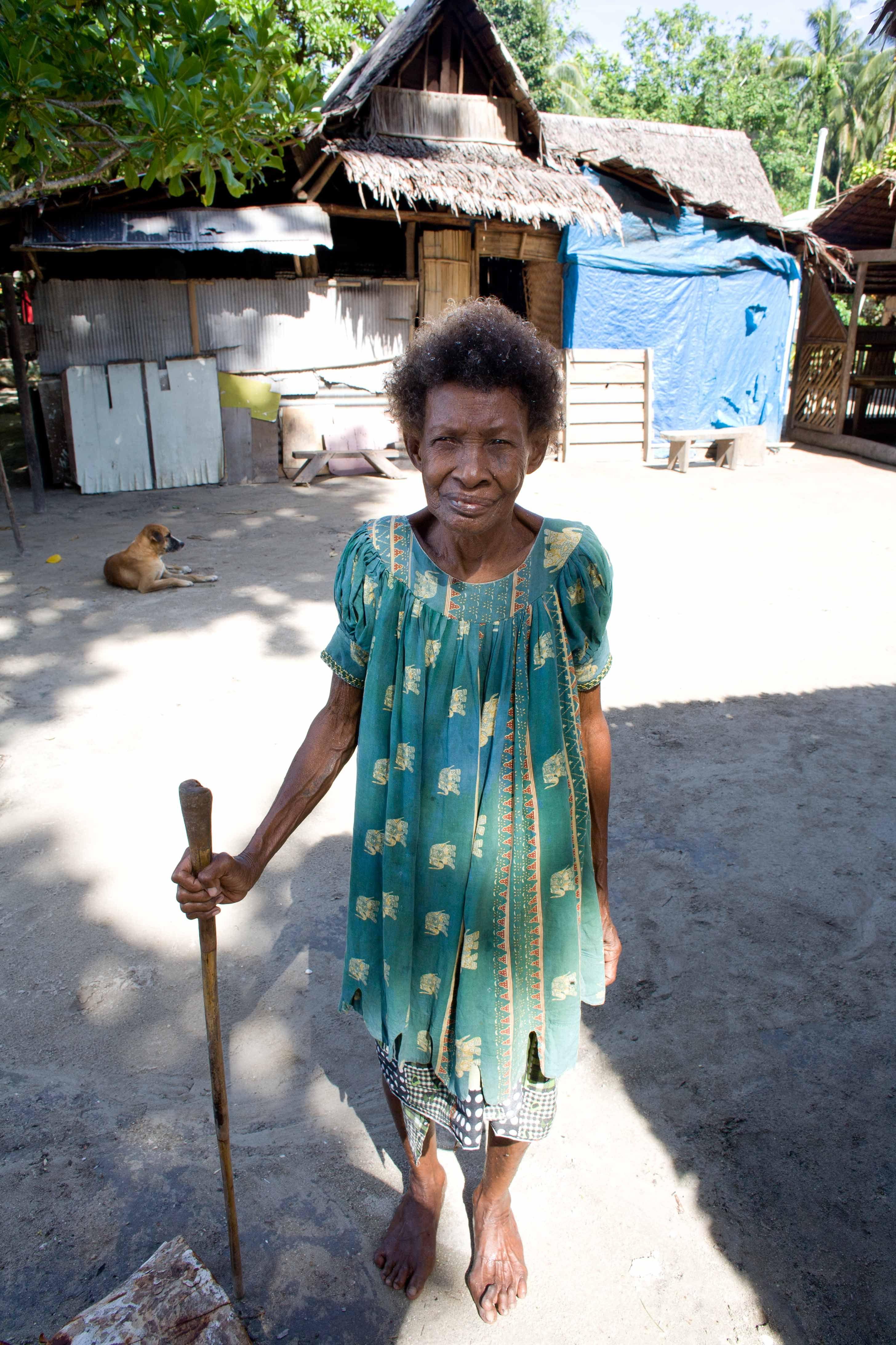 Kavieng_Village.jpg