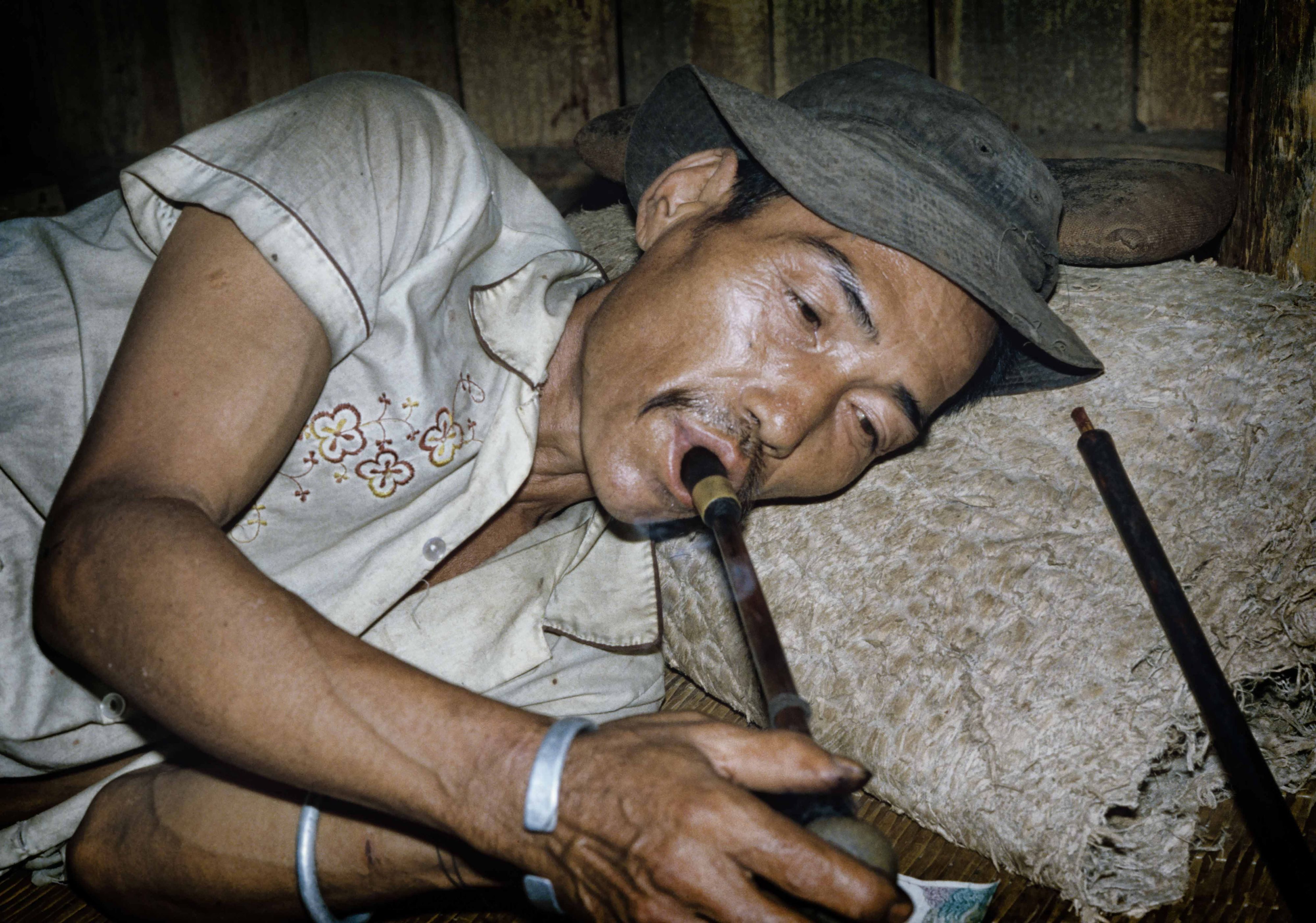 SmokeOpium.jpg