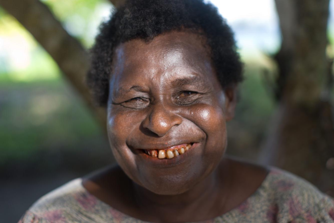 New_Guinea_Market.jpg