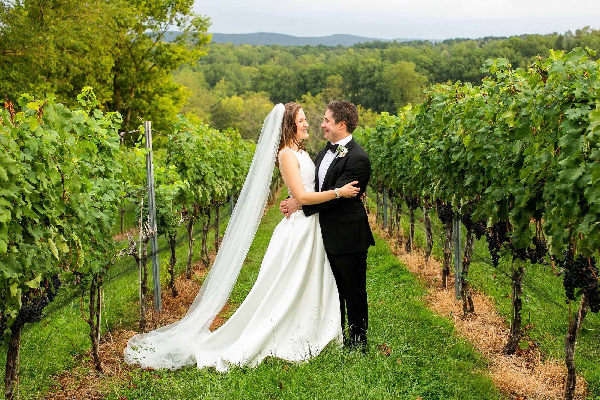 Betsy-&-Jonathan-Cana-Vineyards-Wedding-Highlights(11of15).jpg