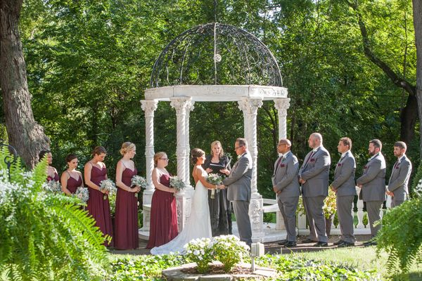 Lush  outdoor summer Wedding.