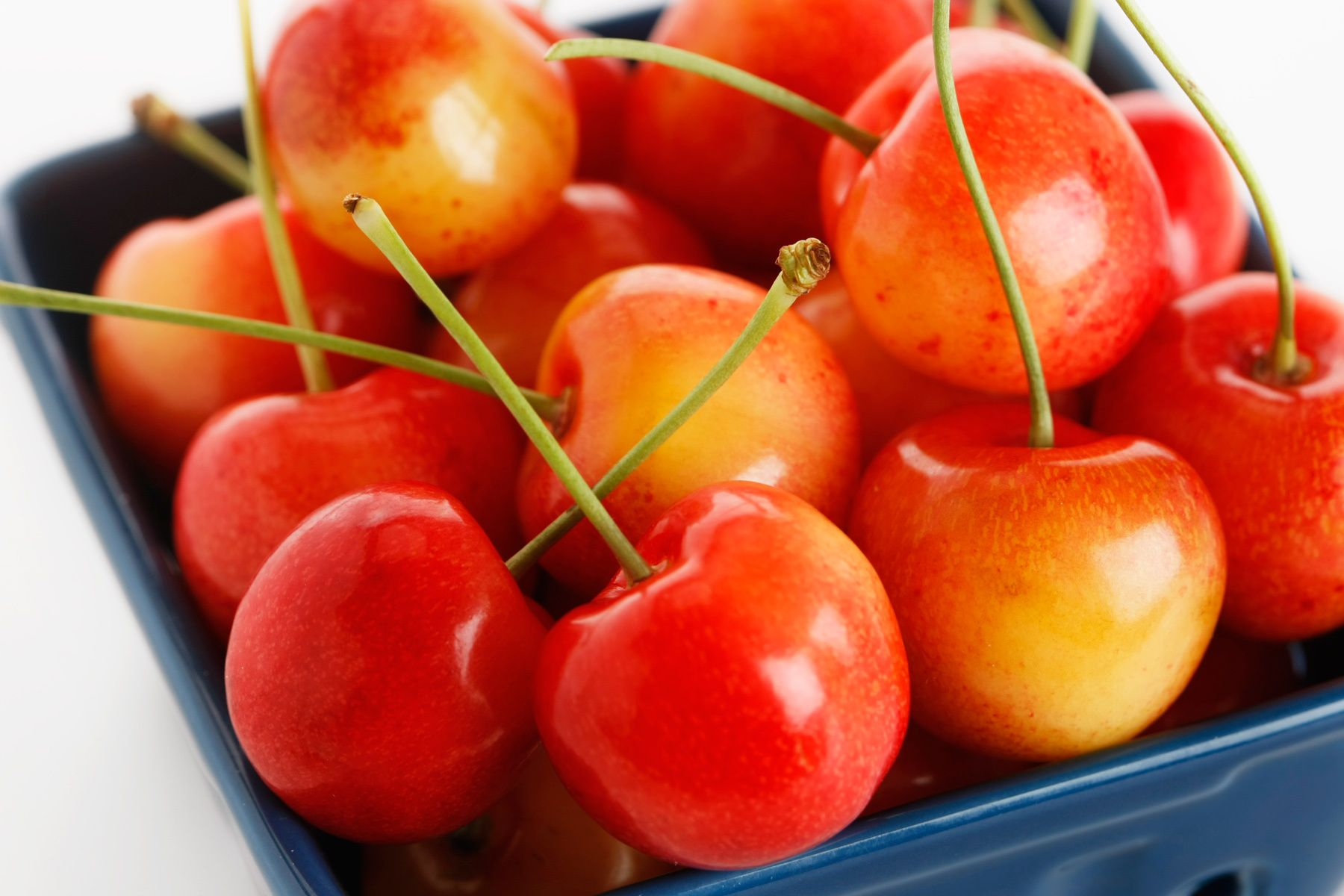 1basket_of_ranier_cherries