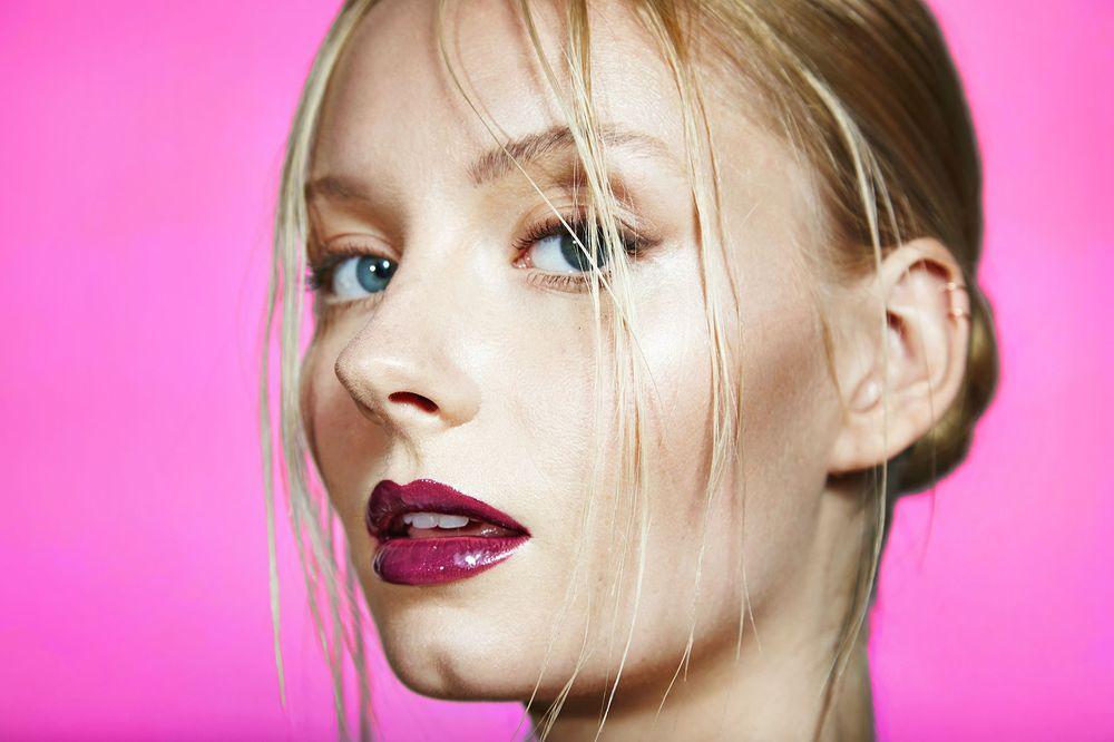 1renee_beauty_pink_1sml