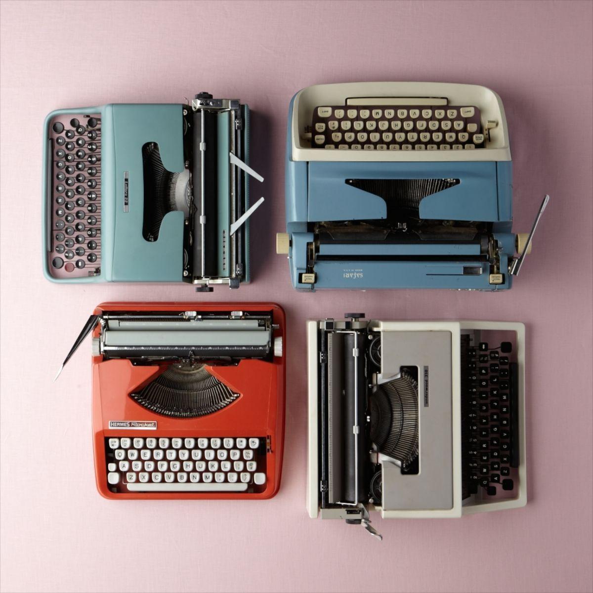1d106299_typewriters_001
