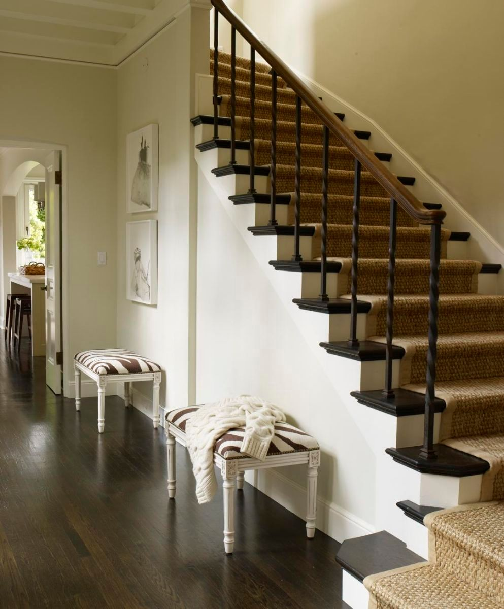1r100225_hb_levy_stairs_02