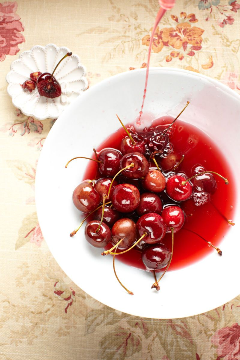 1j1123_11_cl_bourboncherries_030