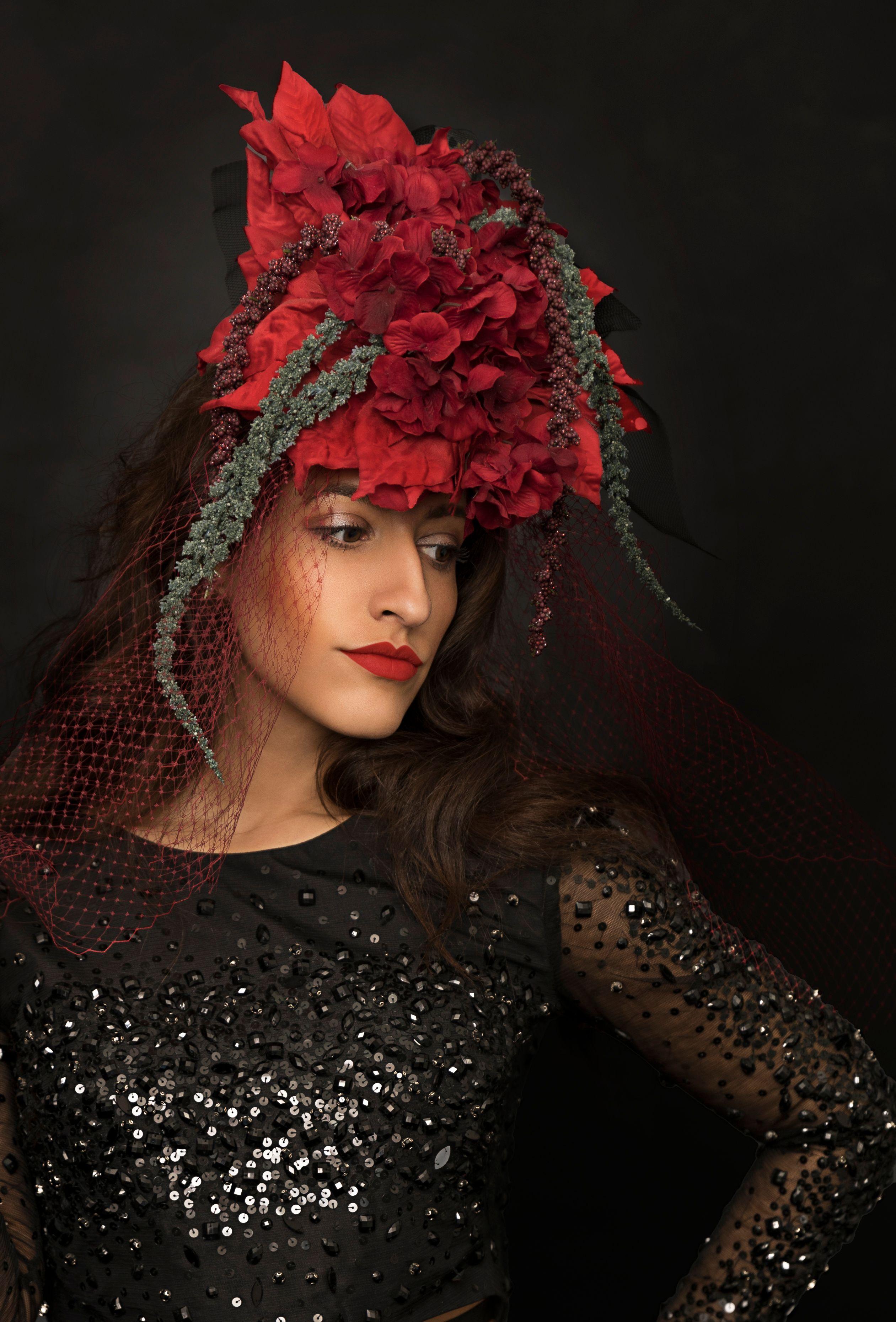 Headpiece by Caroline Berti.jpg