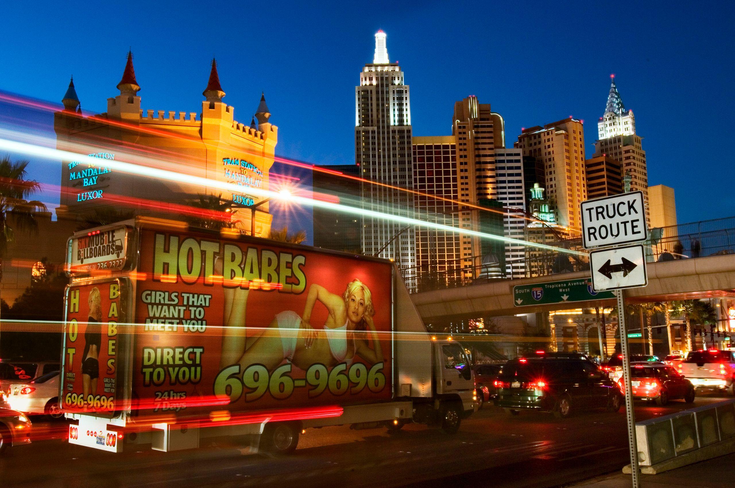 Hot Babes on Las Vegas Blvd