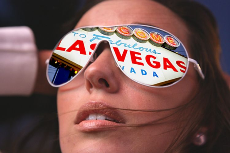 1vegas_sign_brit__livebooks.jpg