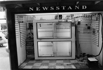 news-stand-L8.jpg