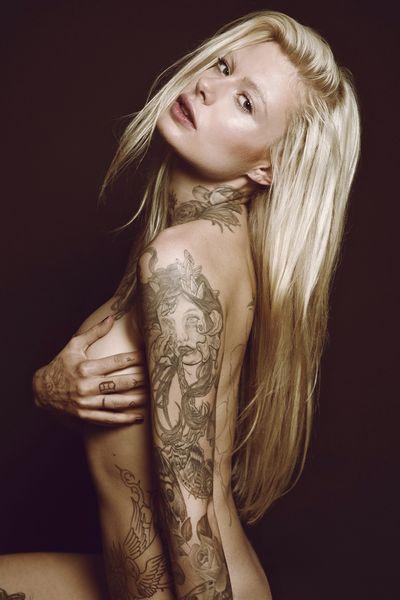 Tattooed Model-0308-L8.jpg