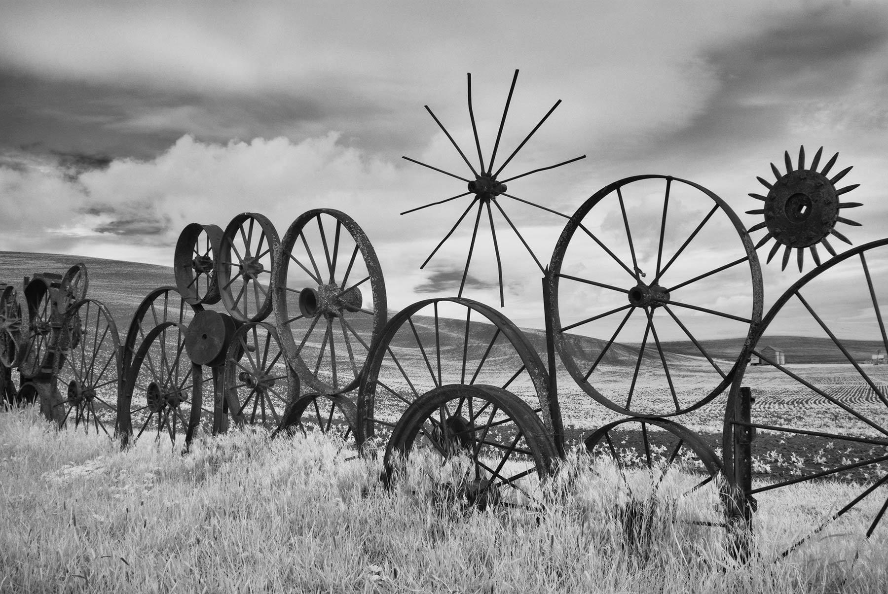 1wheel_fence_2.jpg