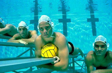 1r24water_polo_team.jpg
