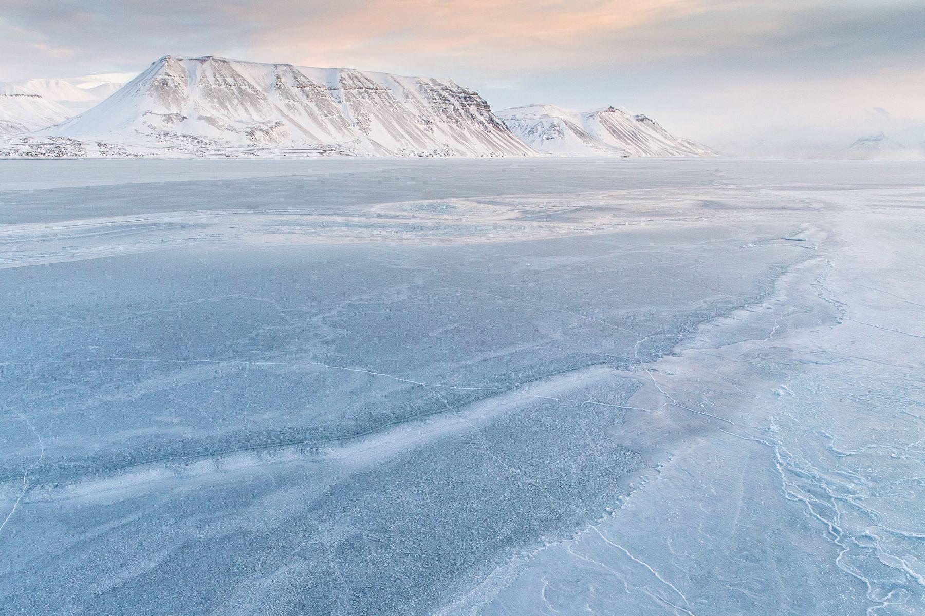 Svalbard-Winter-2.jpg