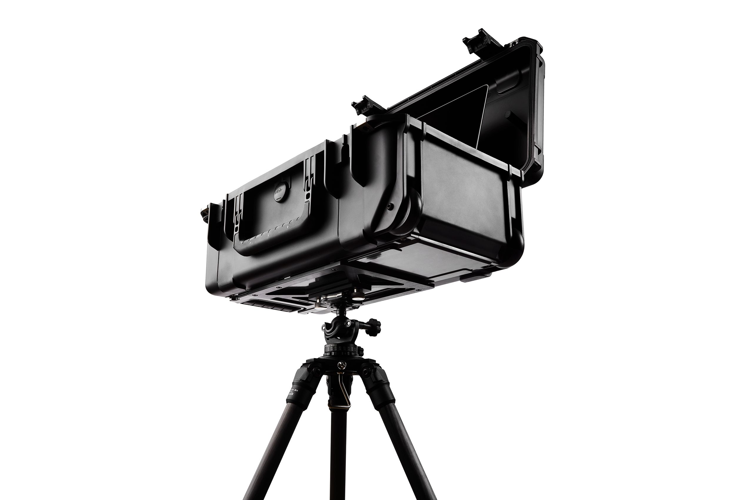 INOVATIV_DIGICASE_TRIPOD_MOUNT_004.jpg