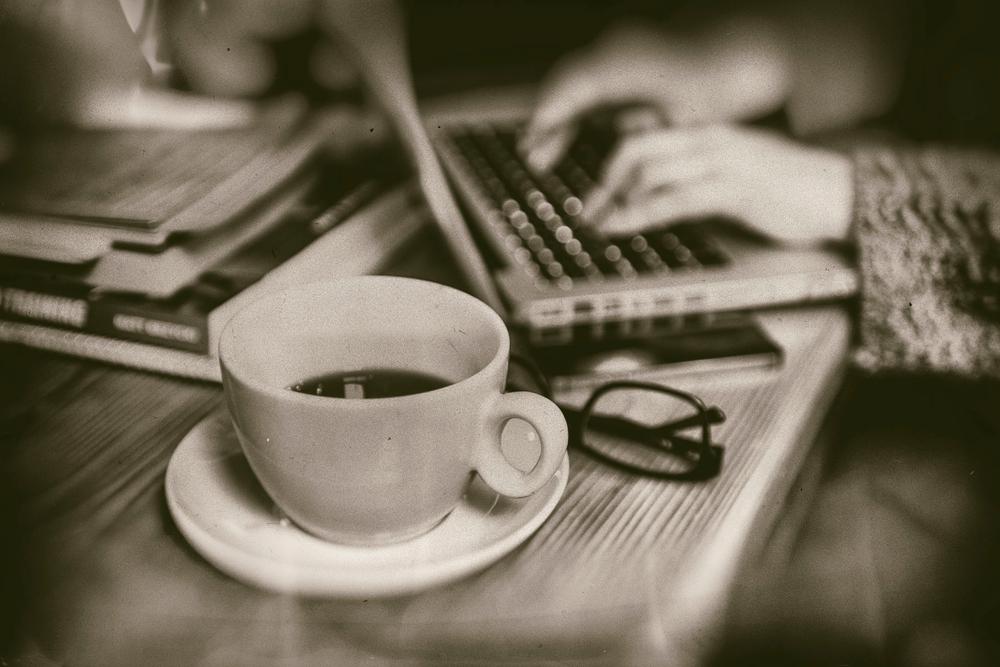 8_1oq_coffee_099_bw.jpg