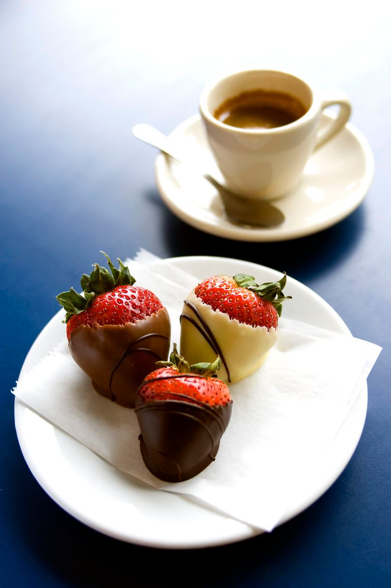 9_1chocolatestrawberries.jpg