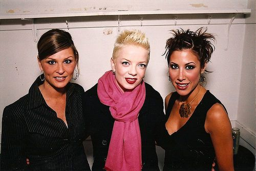 Shirley Manson of Garbage with Joan Willat and Yvette