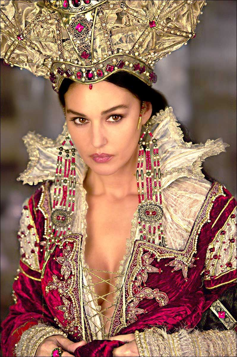 Monica Bellucci - The Brothers Grimm