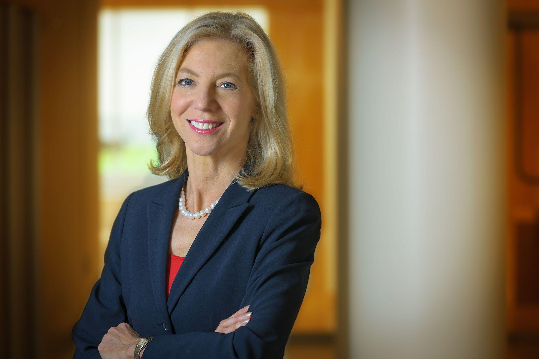 Dr. Amy Gutmann