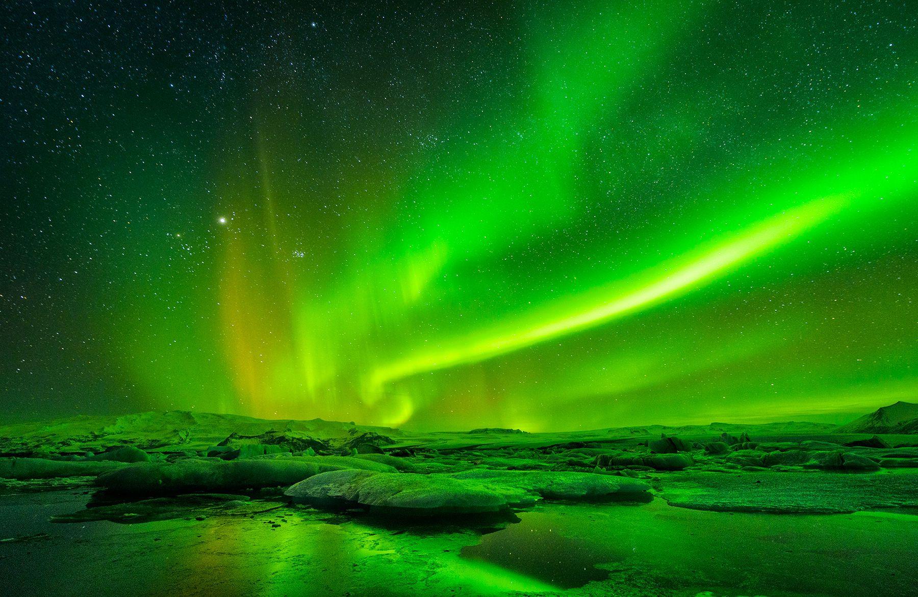 1northern_lights_iceland