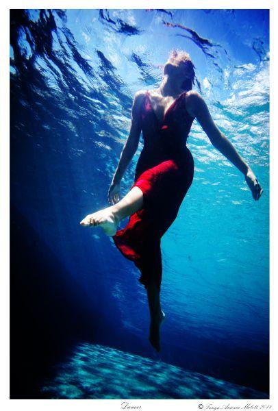 1dancer___tanyamalott_2014_underwater