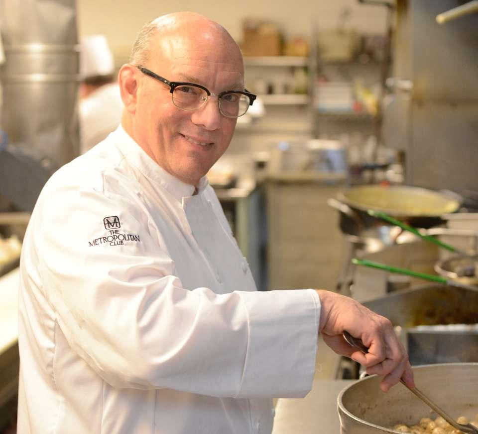 chef logo no mic.jpg